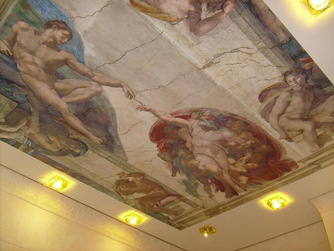 натяжной потолок с фотопечатью фреска