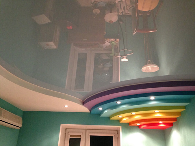 потолок в виде радуги