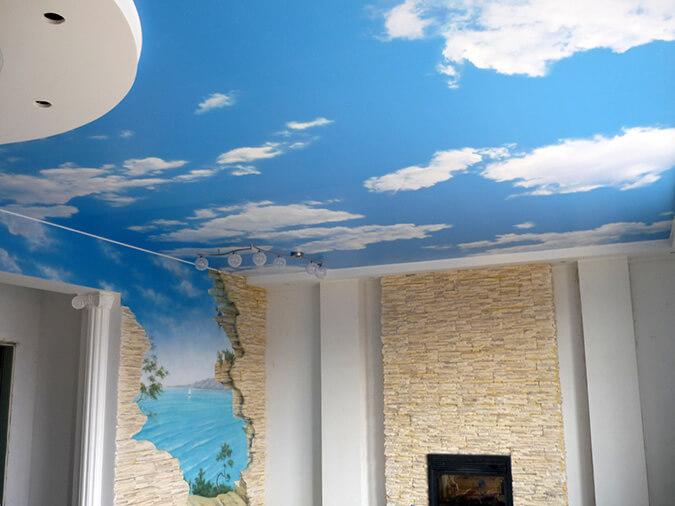 Фотопечать небо на тканевом натяжном потолке