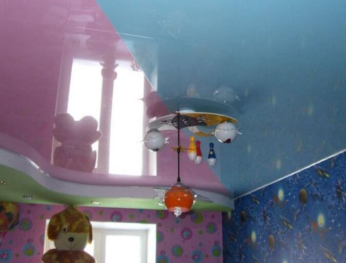 Зонирование с помощью потолка