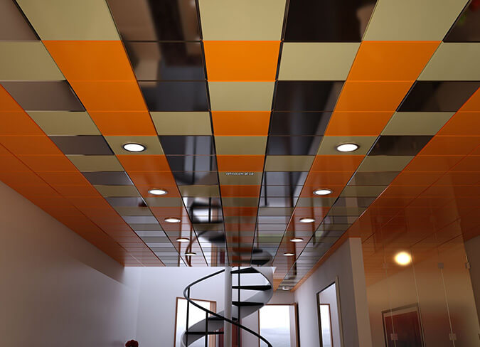 Разноцветный подвесной потолок