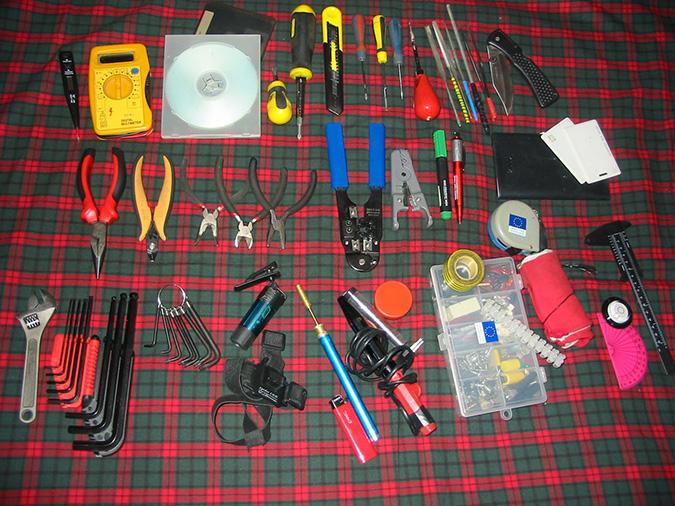 Инструменты для монтажа электропроводки