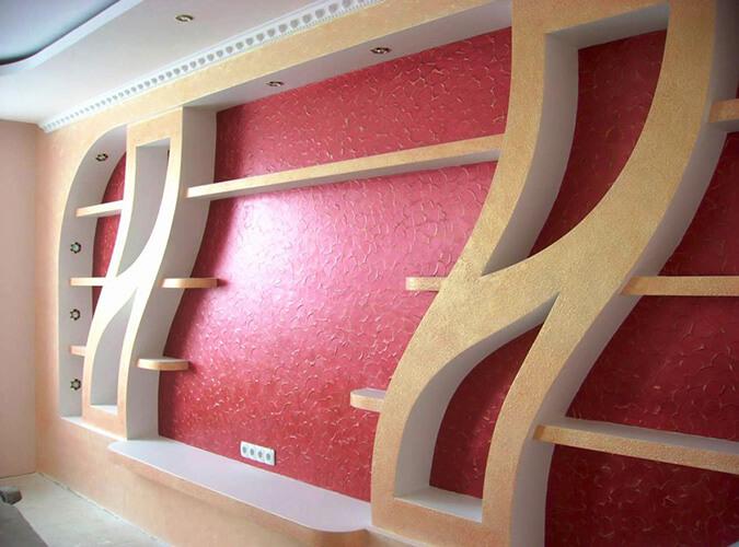 Современная комната с натяжным потолком и гипсокартоном