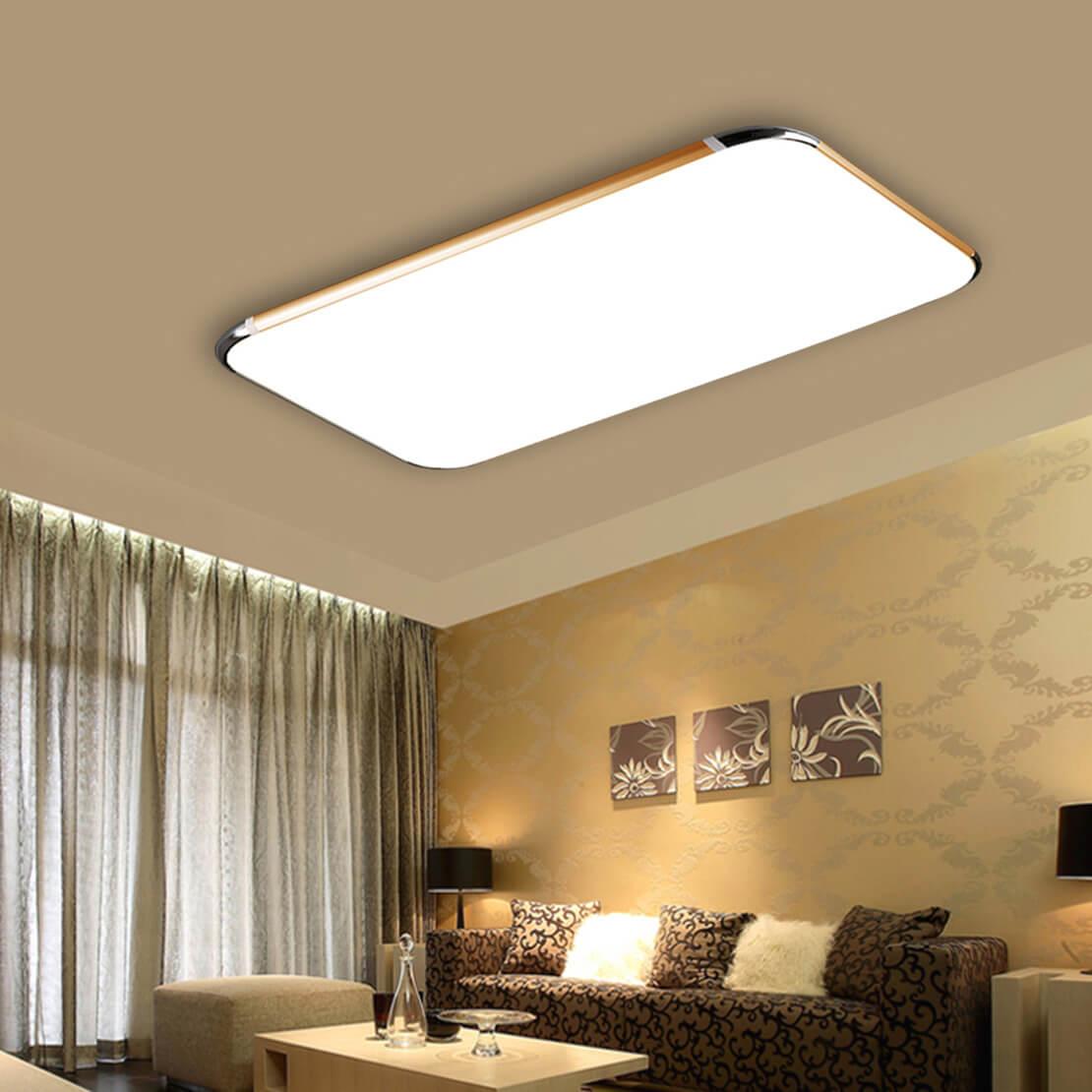 Квадратная люстра с натяжным потолком в гостинной