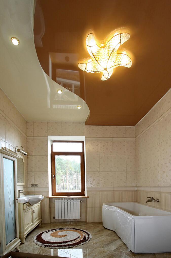 Натяжной потолок из ПВХ для ванной