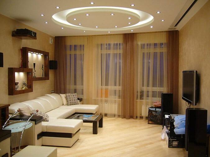 Красивый потолок в квартире