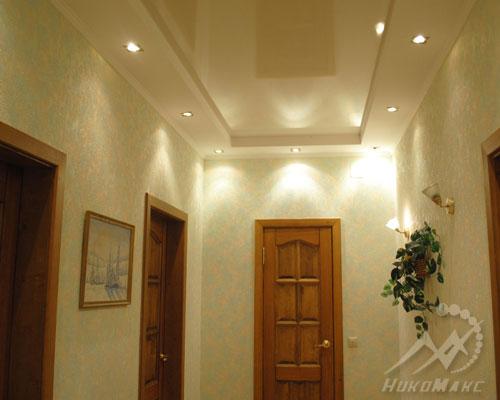Комбинированные двухуровневые матово-глянцевые потолки