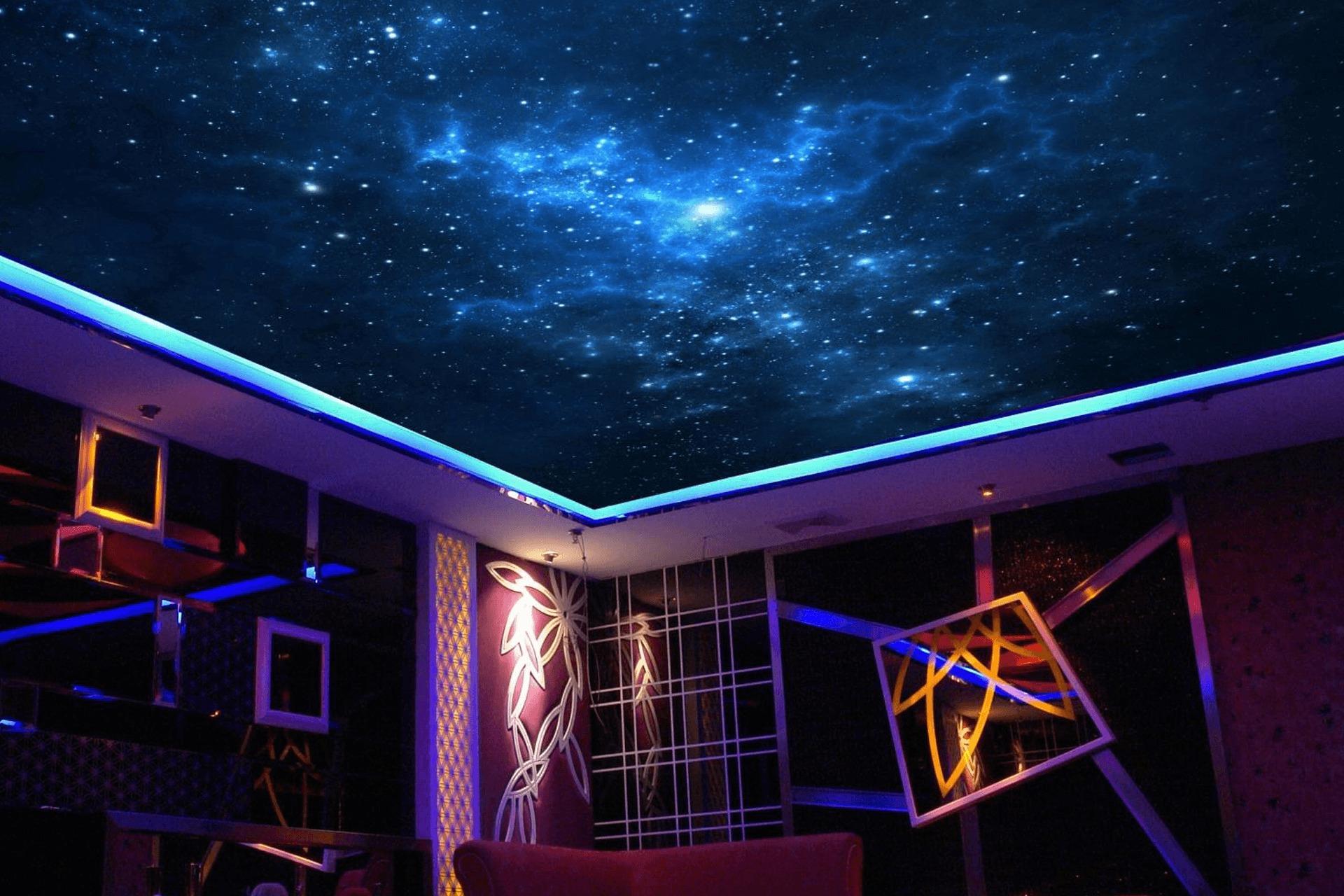 Натяжной потолок звёздное небо в ресторане