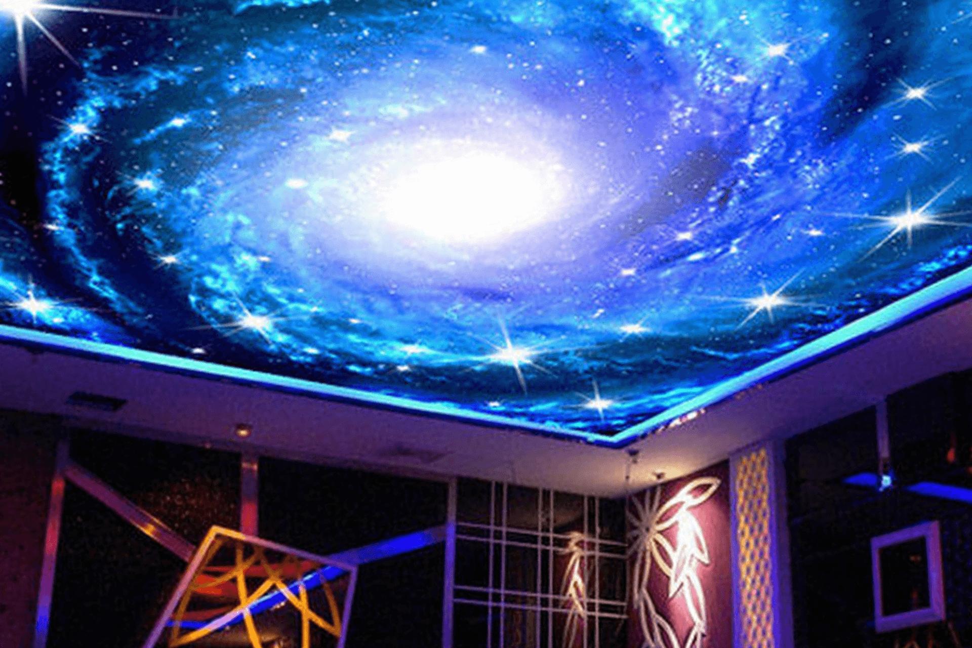 Натяжной потолок звёздное небо в ресторане - вихрь
