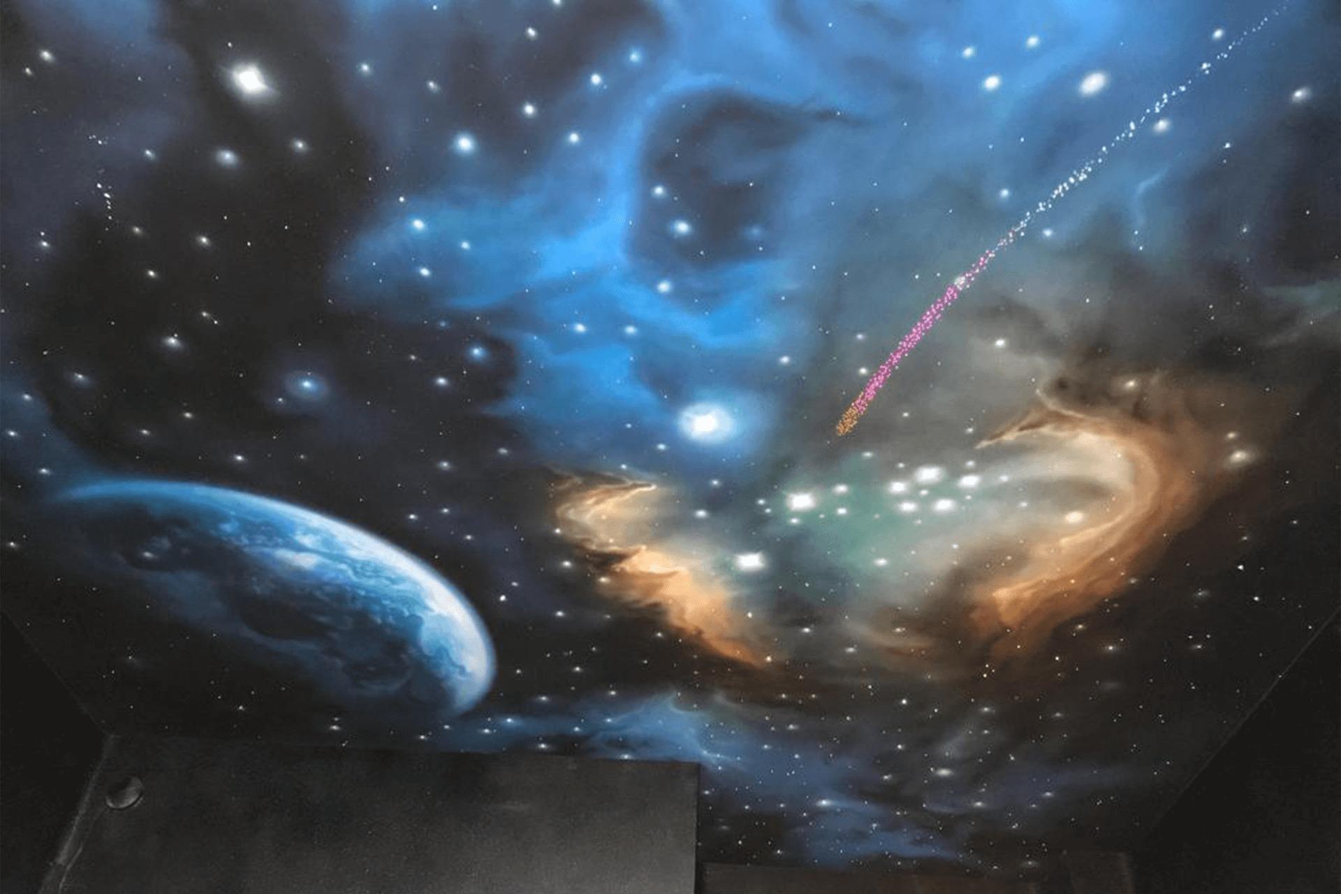 Натяжной потолок звёздное небо - падающая звезда