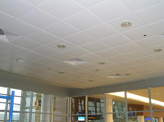 Подвесной потолок в офисе