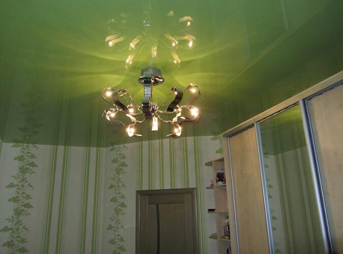 Зелёный в интерьере